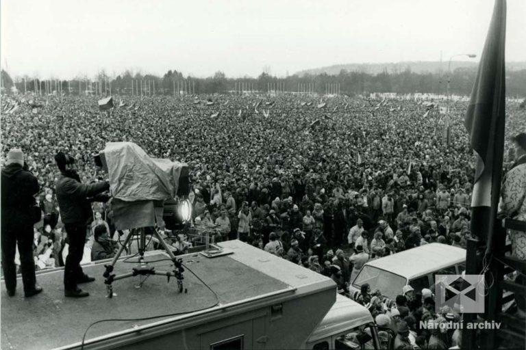 Demonstrace 1989, Praha, NA, Sb. FSČF – archiv