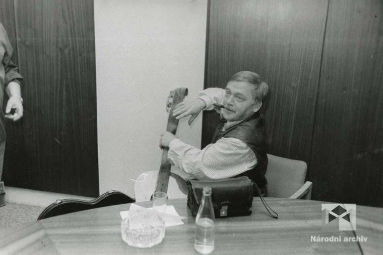 Tisková konference v redakci Mladé fronty NA, TAO, nezpracováno, foto: V. Čech