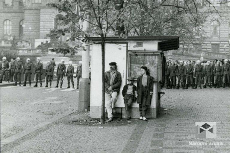 Demonstrace 1989, Praha, NA, NAD1362, foto: Tomáš Javůrek