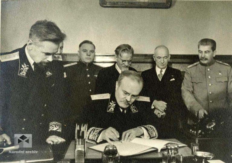 Spojenecká smlouva mezi ČSR a SSSR